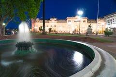 Сцена Nighttime в городе Буэноса-Айрес стоковое фото
