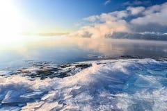 Сцены и глобальное потепление зимы озера Стоковые Изображения RF