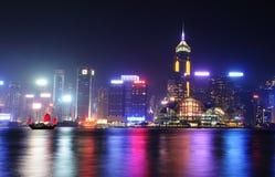 Сцены ночи Гонконга на гавани Виктории Стоковые Фотографии RF