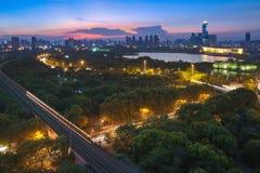 Сцены ночи старого парка Qintai стоковая фотография