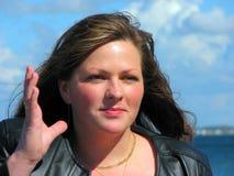 счастливая внешняя женщина Стоковая Фотография RF