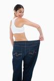 Счастливая женщина которая потеряла много вес Стоковые Фото