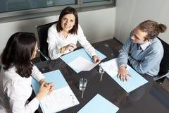 Счастливая женщина на деловой встрече Стоковые Изображения RF