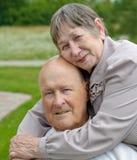 счастливая женщина старшия человека Стоковые Изображения