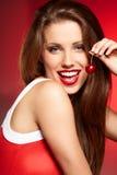 Счастливая женщина с вишнями стоковые изображения rf