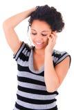 Счастливая женщина телефона стоковое фото