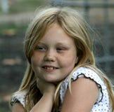 Счастливая маленькая девочка Стоковые Изображения RF