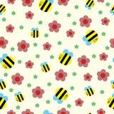 Счастливая пчела и картина красных цветков безшовная стоковое фото rf