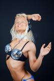 счастливая сексуальная певица Стоковые Фотографии RF