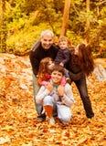 Счастливая семья outdoors Стоковое Изображение RF