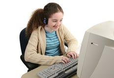счастливое он-лайн предназначенное для подростков Стоковая Фотография RF