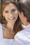 Счастливой постаретые серединой пары человека & женщины Стоковая Фотография RF