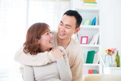 Счастливые азиатские пары Стоковые Изображения RF