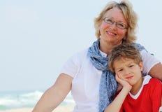 Счастливые бабушка и внук Стоковые Изображения