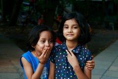 Счастливые молодые азиатские девушки Стоковые Изображения