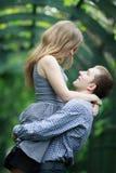 Счастливые молодые пары Стоковая Фотография