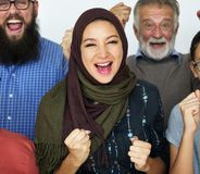 Счастливые разнообразные люди объединенные совместно стоковые изображения rf