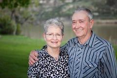 Счастливые старшие пары стоковые фото