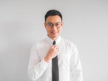 Счастливый бизнесмен работника в форме офиса Стоковые Изображения RF