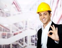 Счастливый знак о'кей архитектора Стоковая Фотография RF