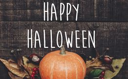 Счастливый знак текста хеллоуина, поздравительная открытка положение квартиры изображения падения B Стоковая Фотография