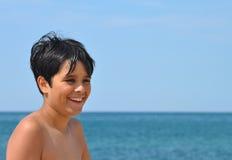 Счастливый мальчик лета Стоковое фото RF
