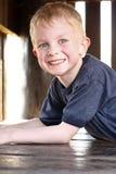 Счастливый молодой мальчик Стоковая Фотография RF