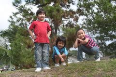 счастливый парк малышей Стоковые Фотографии RF