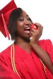 Счастливый черный студент-выпускник женщины Стоковые Фото