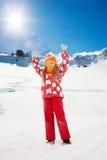 Счастье счастливой милой девушки внешнее выражая Стоковые Фото