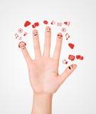 Счастливая группа в составе smileys пальца с социальными знаком болтовни и речью b Стоковое Изображение RF
