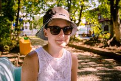 счастливая девушка  Стоковое Фото