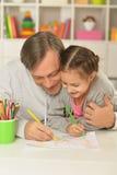 Счастливая картина отца и дочери Стоковые Фото