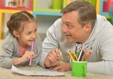 Счастливая картина отца и дочери Стоковая Фотография