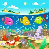 Счастливая морская семья под морем Стоковое Изображение