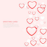 Счастливая поздравительная открытка влюбленности дня валентинки с красным сердцем на пинке Бесплатная Иллюстрация
