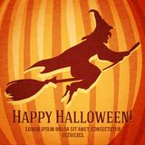 Счастливая поздравительная открытка хеллоуина с ведьмой высекла внутри Стоковые Фото