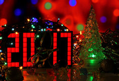Счастливая рождественская елка зеленого стекла Нового Года 2017 Стоковое Изображение RF
