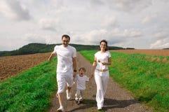 Счастливая семья. Стоковые Изображения RF