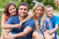 Счастливая семья Стоковое Изображение RF