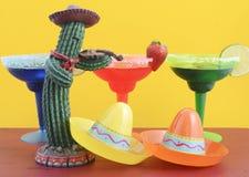 Счастливая тема партии Cinco de Mayo красочная Стоковое фото RF
