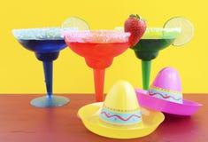 Счастливая тема партии Cinco de Mayo красочная Стоковые Фото