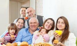 Счастливая multigeneration семья Стоковая Фотография RF