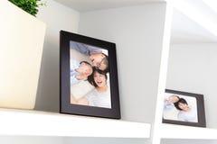 Счастливое семейное фото стоковая фотография