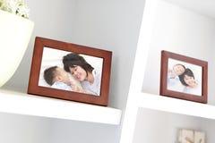 Счастливое семейное фото стоковое фото