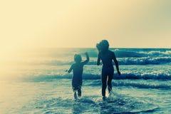 счастливые малыши 2 Стоковое Изображение RF
