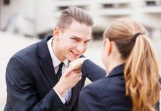 Счастливые молодые бизнесмены Стоковые Изображения