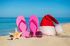 Счастливые праздники Нового Года и с Рождеством Христовым на море стоковая фотография rf