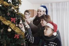Счастливые родители с дет Стоковое Фото