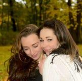 Счастливые сестры Стоковая Фотография RF